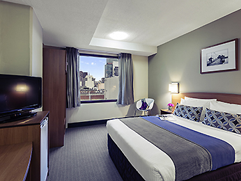 http://www.accorhotels.com/3031